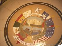 Remember the Alamo Texas One And Indivisible symbol at the Texas State Capitol Building.jpg