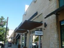 American Eagle Outfitters Hill Country Galleria.jpg