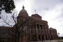 Front of the Texas State Capitol building.jpg